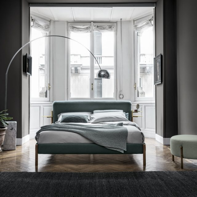 BOLZAN-LETTI-Flag-is-a-bed-with-a-contemporary-taste